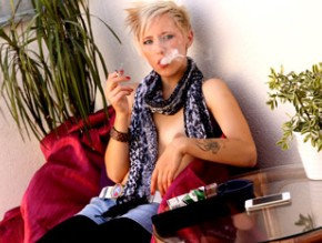 ittle-kim-rock-cooling-off-with-a-cigarette1.jpg